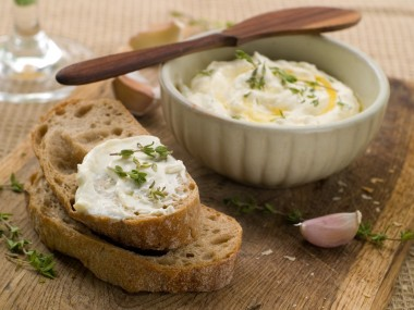 Receita de Patê de Queijo - Pate-de-queijo-380x285