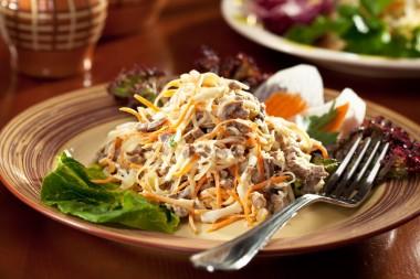 Receita de Salada de Carne Fatiada - Salada-de-carne-fatiada-380x253