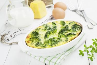 Receita de Brócolos com Queijo - Brocolos-com-queijo-380x253