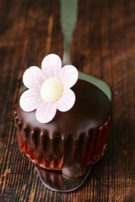 Receita de Glacê de Chocolate sem Manteiga - Glace-de-chocolate-sem-manteiga-267x400