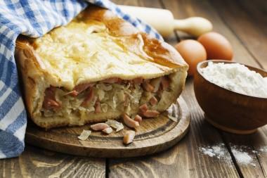 Receita de Torta de Salsicha - Torta-de-salsicha-380x253