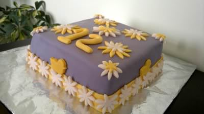 Receita de Bolo Decorado com Fondant de Marshmallow - bolo-decorado-com-fondant-de-marshmallow