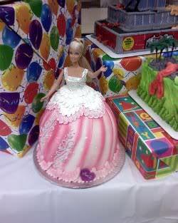 Receita de Bolo Barbie - 1217288121_c5acc80b3e