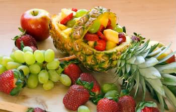 Receita de Salada de Frutas Havaiana e Molhos - salada-de-frutas-havaiana-e-molhos
