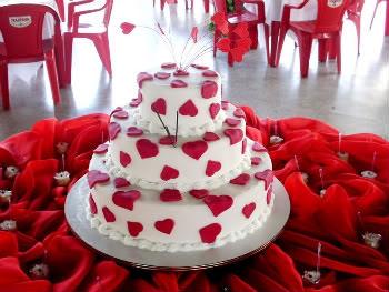 Receita de Bolos Chapeuzinho Vermelho e Bolo de Andares - bolos-chapeuzinho-vermelho-e-bolo-de-andares