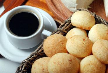 Receita de Pão de Queijo com Mandioca