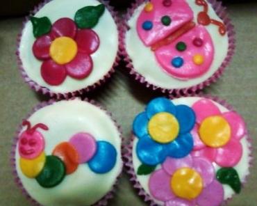 Receita de Bolo Decorado e Cupcakes da Carla - BolodecoradoecupcakesdaCarla_zps90bfc341
