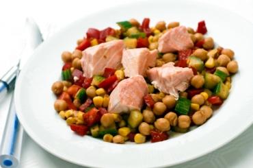Receita de Salada de Grão de bico com Peixe - salada-de-grao-de-bico-com-peixe