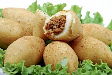 Receita de Bolinho de Mandioca e Carne - bolinho-de-mandioca-e-carne