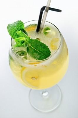 Receita de Limonada e Drinques - Limonada-e-drinques-265x400