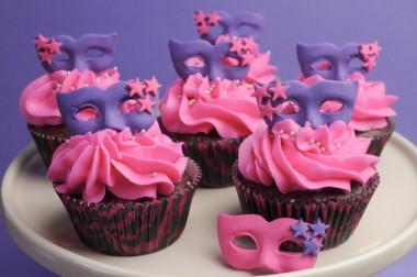 Receita de Cupcake Carnaval - Cupcake-Carnaval-380x252
