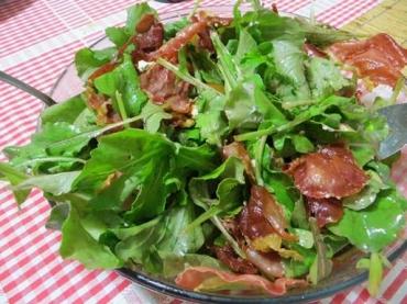 Receita de Salada de Pera, Queijo e Presunto - SALADA-DE-PERA-QUEIJO-E-PRESUNTO