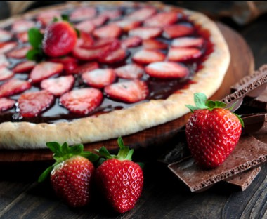 Receita de Pizza de Chocolate - Pizza-de-chocolate-380x312
