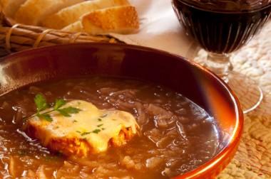 Receita de Sopa de Cebola - Sopa-de-cebola-380x252