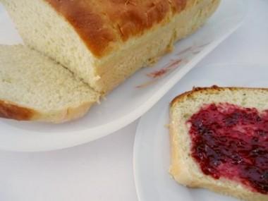 Receita de Pão Fofo de Batata Doce - Pao-fofo-de-batata-doce-380x285