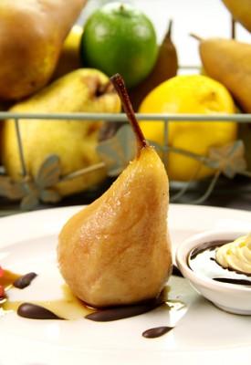 Receita de Pera em Calda e Pera com Sorvete - pera-em-calda-e-pera-com-sorvete-275x400