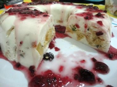 Receita de Flan de Iogurte e Panetone - Flan-de-iogurte-e-panetone-380x285