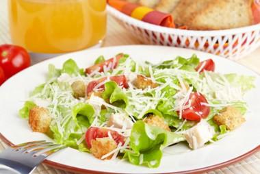 Receita de Salada Caesar - Salada-caesar-380x254