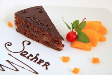 Receita de Torta Sacher - Torta-Sacher-380x254