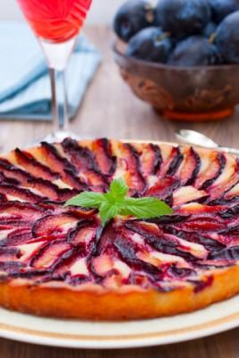 Receita de Torta de Ameixas Vermelhas - Torta-de-ameixas-vermelhas-267x400