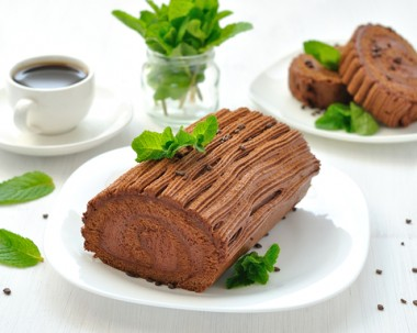 Receita de Rocambole de Chocolate - Rocambole-de-chocolate-380x303