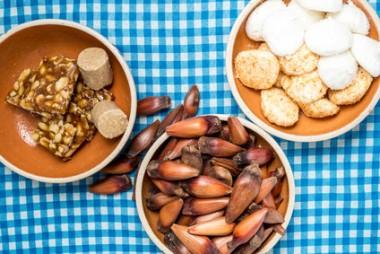 Receita de Maria-mole e Pé-de-moleque com Chocolate - Maria-mole-e-pé-de-moleque-com-chocolate-380x254