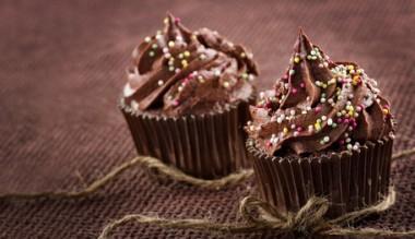 Receita de Cupcake Brigadeiro - Cupcake-brigadeiro-380x219