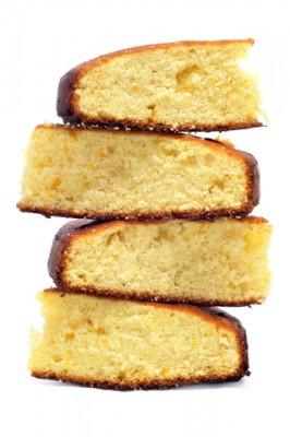Receita de Pão de ló de Fubá - Pão-de-ló-de-fubá-266x400