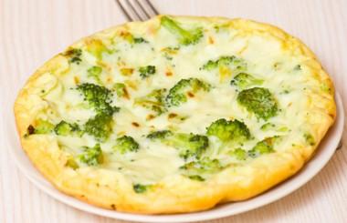 Receita de Omelete com Brócolis - Omelete-com-brócolis-380x245