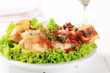Receita de Bacalhau com Bacon - Bacalhau-com-bacon-380x254