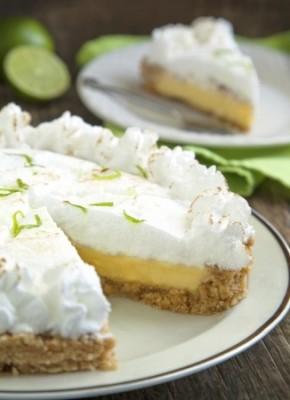 Receita de Torta de Limão com Marshmallow - Torta-de-Limão-com-Marshmallow-290x400