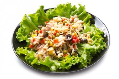 Receita de Salada de Arroz com Atum - Salada-de-arroz-com-atum-380x254