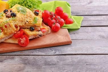 Receita de Minipizza de Pão - Minipizza-de-pão-380x253
