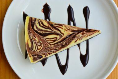 Receita de Cheesecake Marmorizado - Cheesecake-marmorizado-380x253