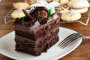 Receita de Bolo Mousse de Chocolate - Bolo-mousse-de-chocolate-380x254