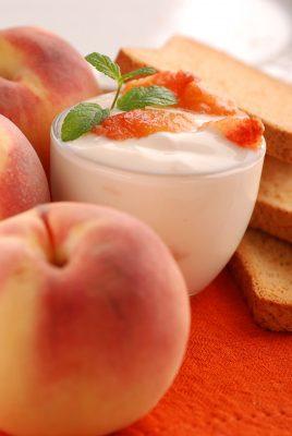 Receita de Gelado de Iogurte com Pêssego - Gelado-de-iogurte-com-pêssego-268x400