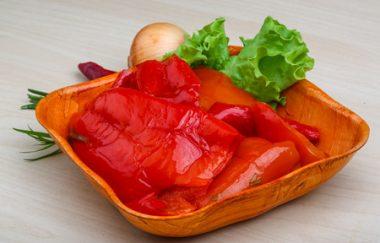 Receita de Pimentão Marinado - Pimentão-marinado-380x243