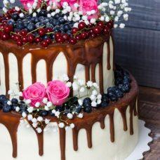 Drip Cake – Bolo Champanhe