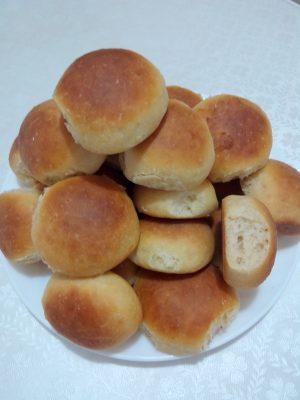 Receita de Pãozinho de Leite - Pãozinho-de-leite-300x400