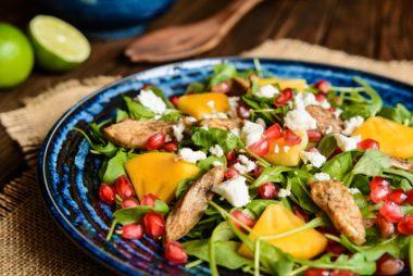 Receita de Salada de Rúcula com Peru - Salada-de-rúcula-com-peru-380x254