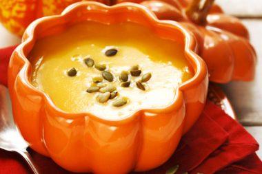 Receita de Sopa de Abóbora com Creme de Leite - Sopa-de-abóbora-com-creme-de-leite-380x253