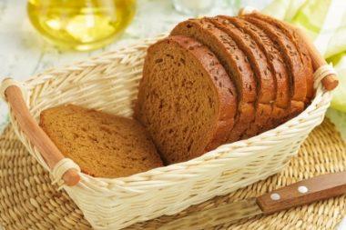 Receita de Pão com Trigo Integral - Pão-com-trigo-integral-380x253