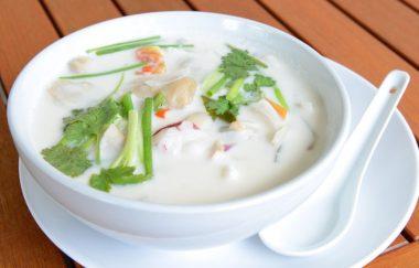 Receita de Sopa de Mariscos - Sopa-de-mariscos-380x243