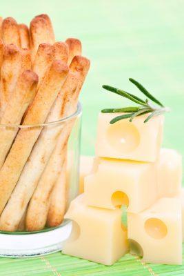 Receita de Allumettes de Queijo - Allumettes-de-queijo-267x400