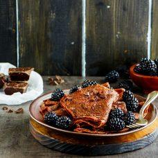 Panquecas de Chocolate com Frutas Vermelhas